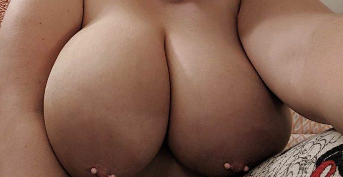 Mes gros seins torrides