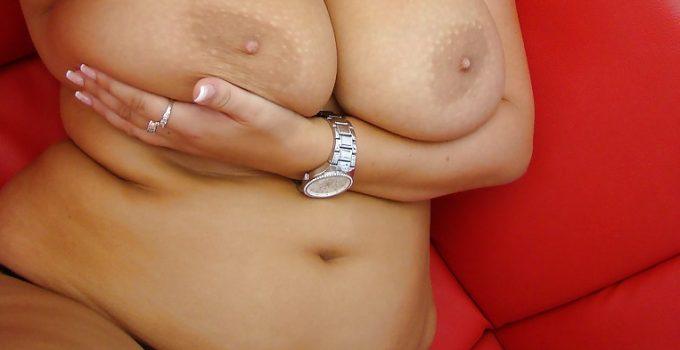 Selfie de mes gros seins naturels