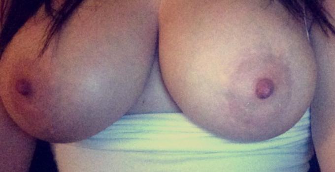 Ma poitrine imposante très sexy